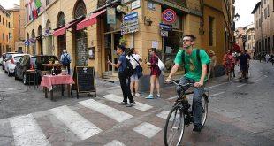 معرفی اپلیکیشنی که به ازای دوچرخهسواری به شما آبجو و بستنی رایگان میدهد! | طراحی پایدار