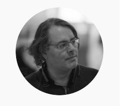 سومین دورهمی نون، پنیر و دیزاین - پژمان نوروزی | ژورنالیست و طراح تجربه آموزشی